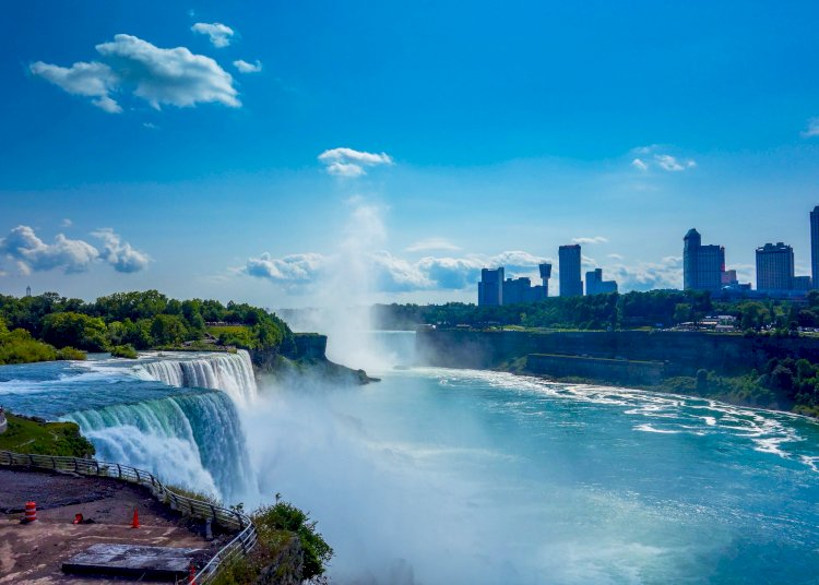 Niagara Fall, a place to visit.